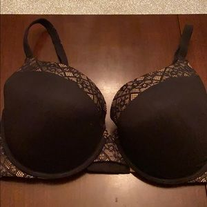 Victoria's Secret Body by Victoria 34DDD
